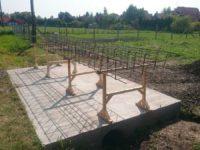 Készül az alapba való betonacél-szerkezet - Keller Családi Ház 2018-08-31 Balatonmáriafürdő